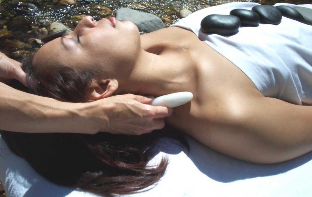 where can i get a sexy massage Sunshine Coast